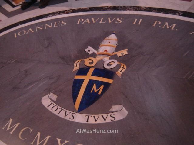 ST PETER'S BASILICA, VATICAN CITY. SAN PEDRO DEL VATICANO 6 Tumba de Juan Pablo II, San Pedro del Vaticano. Tomb Goivanni Paolo, St Peter's Basilica