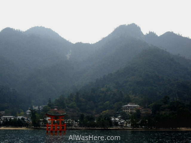 Miyajima desde el ferry