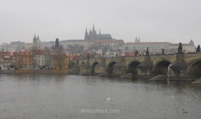 Castillo y puente de Praga