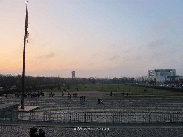 esplanada-del-tiergarten-frente-a-al-reichstag