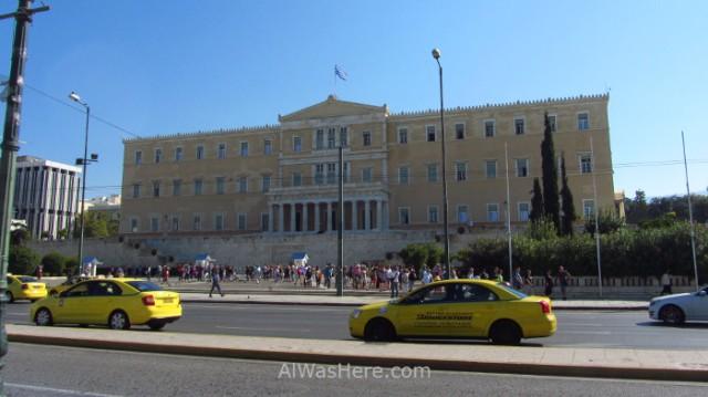 Atenas 1. Taxis frente al parlamento, plaza sintagma. Syntagma square