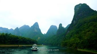 Li River cruise between Guilin and Yangshuo, China