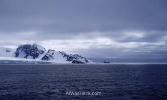 Antártida 1 Half Moon Island 1 Antarctica Media Luna South Shetland Sur