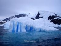 Iceberg en Cuverville Island Antartida, Antarctica (5)