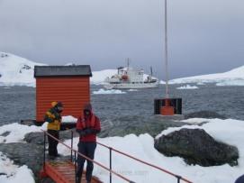 Antartida Puerto o Bahia Paraiso, Antarctica Paradise Bay, Base Almirante Brown (3)